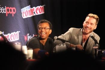 Phil LaMarr (izquierda) y Troy Baker (derecha)